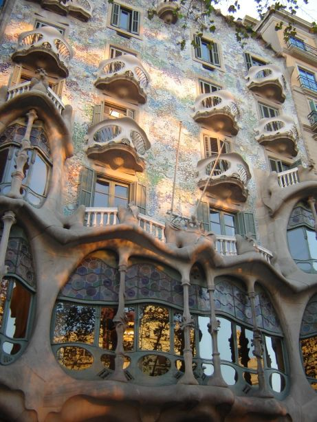 Casa-Batllo-de-Gaudi